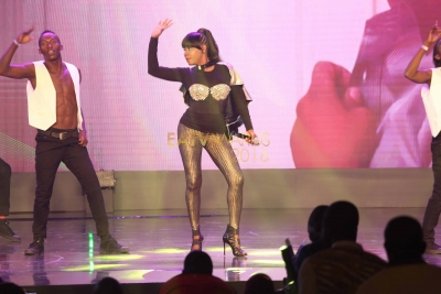 Lady Jay Dee akiperform kwenye EATV AWARDS